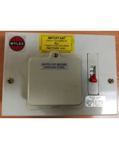Wylex 306, Wylex Standard Range Consumer Unit, 3 Way Metalclad Board with 60 Amp Switch
